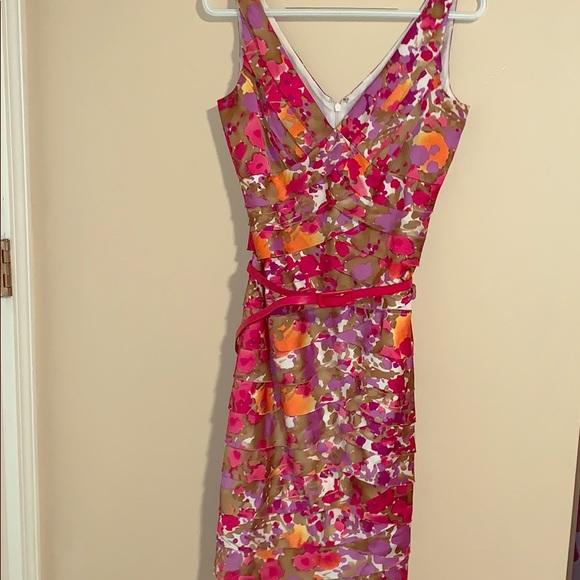 Jones Wear Dresses & Skirts - Floral Summer Dress🌺🌸💐